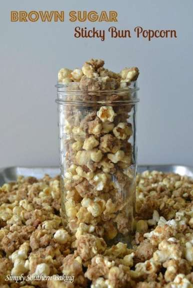 Brown-Sugar-Sticky-Bun-Popcorn-689x1024