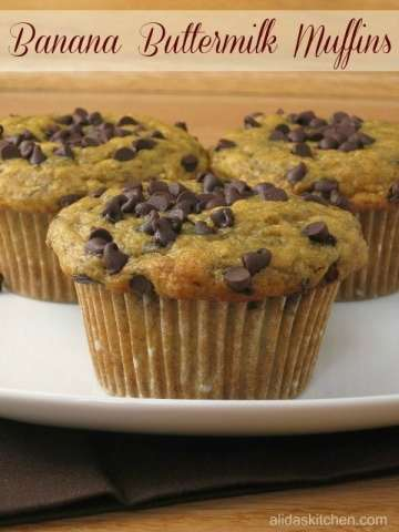 healthy-banana-buttermilk-muffins-pin600