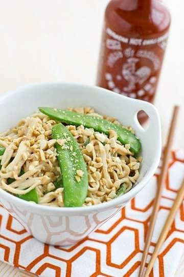 peanut_udon_noodles_with_snow_peas