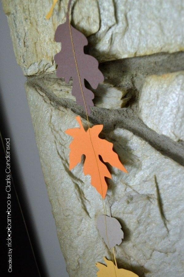 Silhouette Fall Leaf Garland