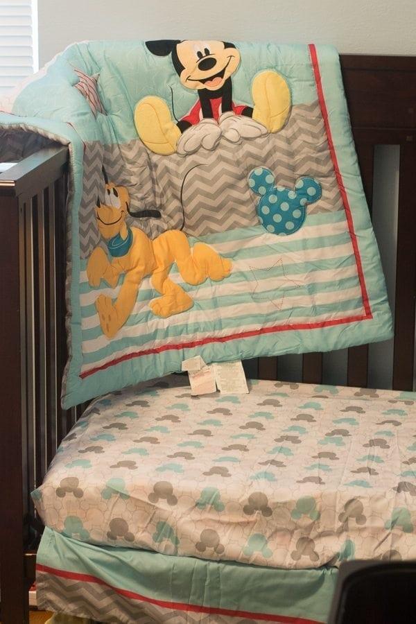 easy-reversible-baby-blanket-tutorial (9 of 13)