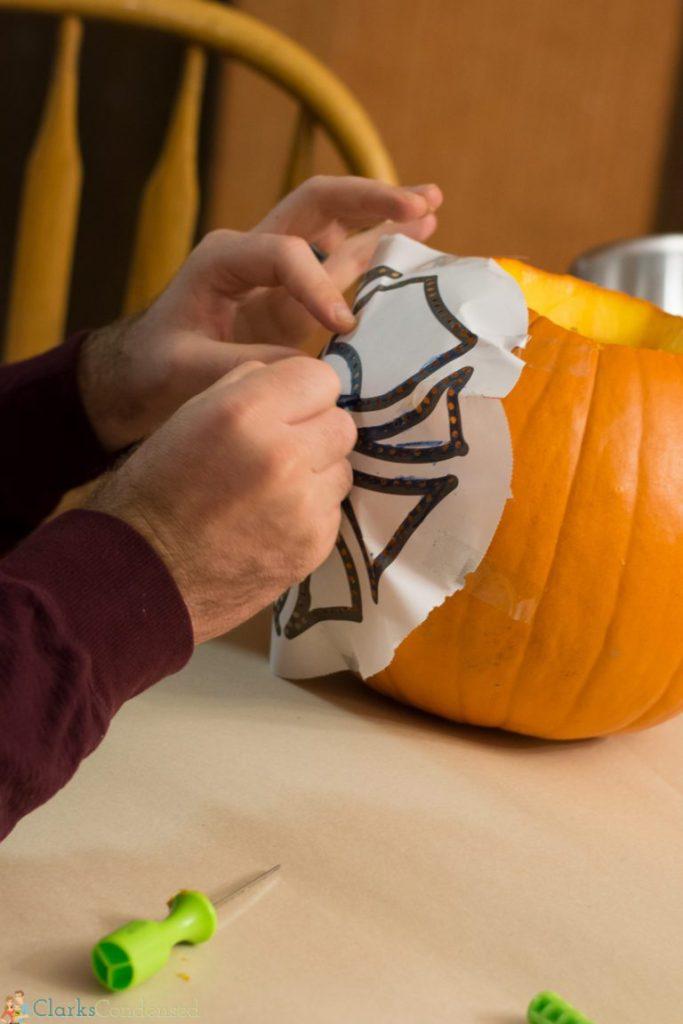 kid-pumpkin-carving-tips (4 of 10)