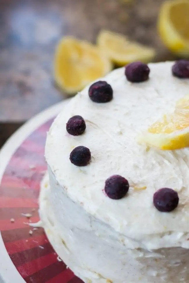 lemon-blueberry-cake (3 of 8)