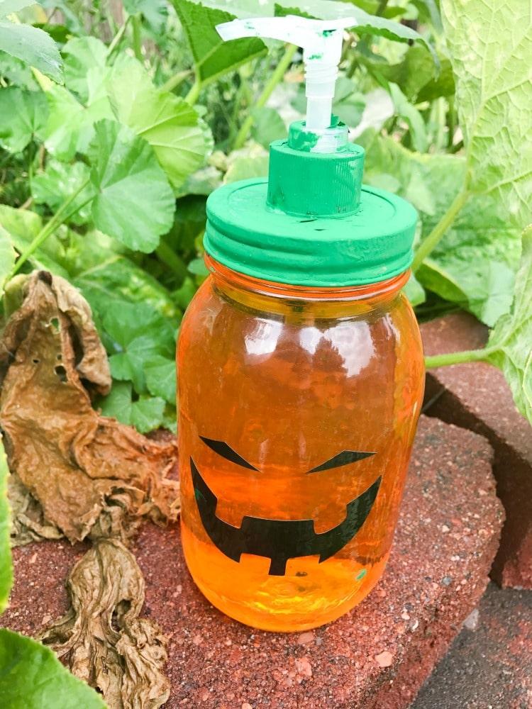 DIY Pumpkin Soap Dispsenser - Fall Craft Made with Cricut