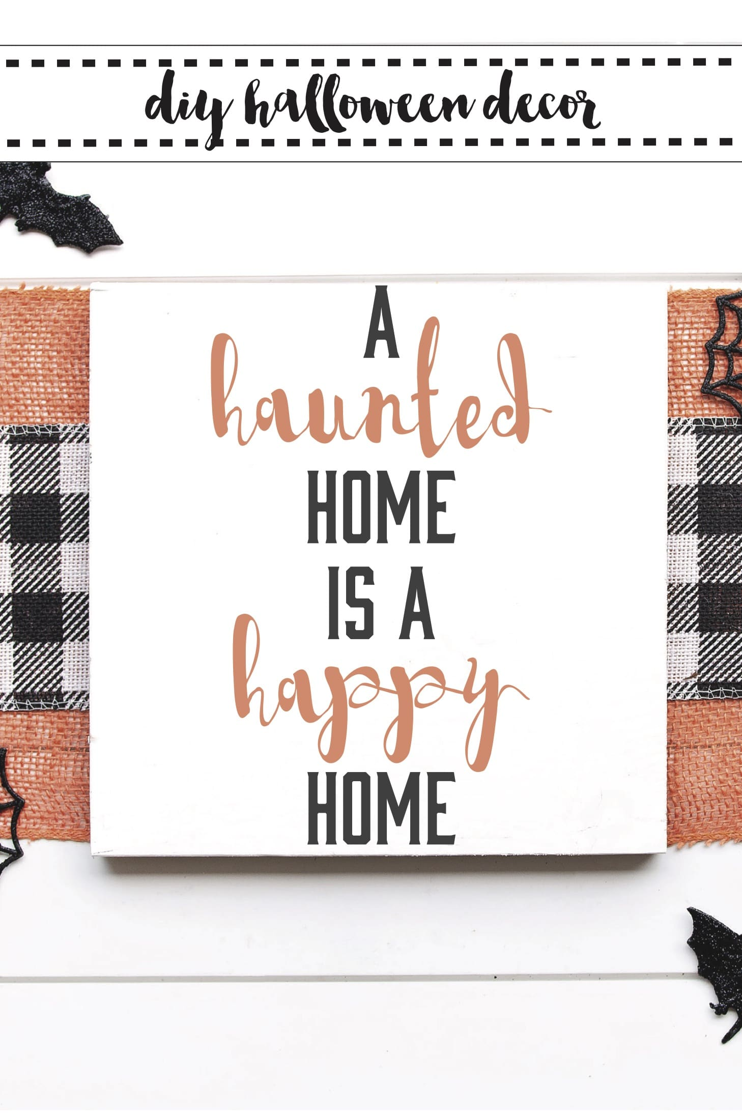 Halloween SVG / Cricut Halloween Sign / Cricut Halloween Decor / Halloween Ideas / Free SVG Files via @clarkscondensed