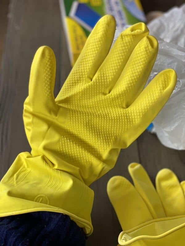 dollar tree rubber gloves