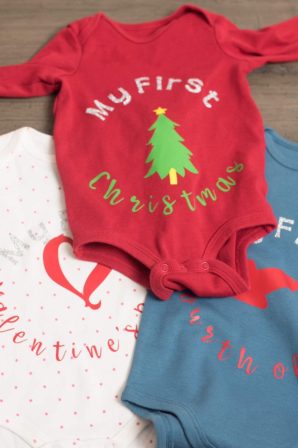 """Red color \""""My first Christmas\"""" baby clothes"""