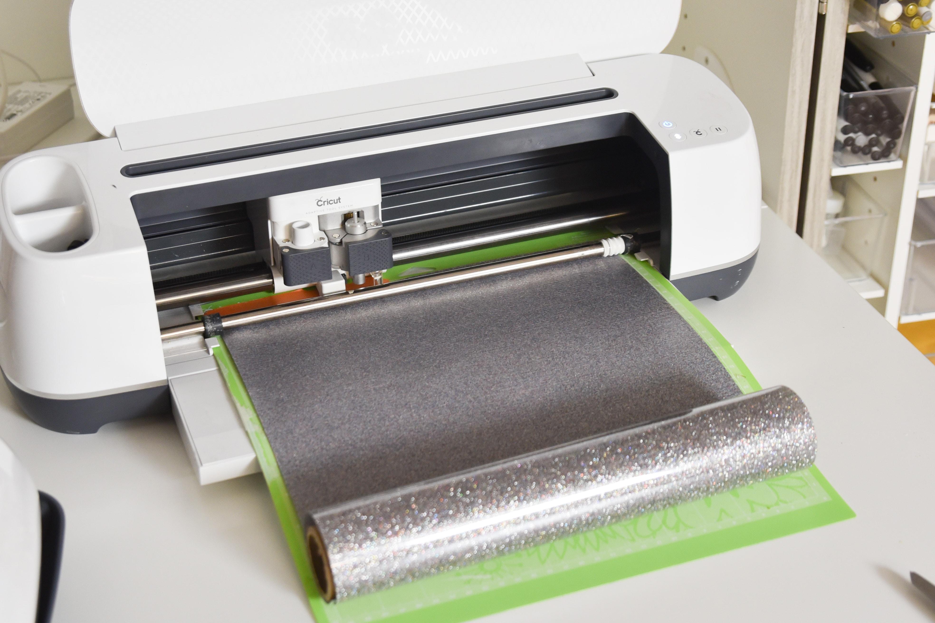 cricut maker cutting out glitter vinyl iron on