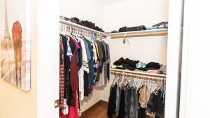 27-Master Walkin Closet
