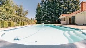49-Pool
