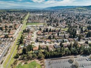 66-Areial Large Back Neighborhood