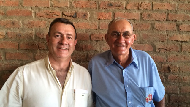 Jan Hattingh (R) founder of Salerika Stud /Stoet