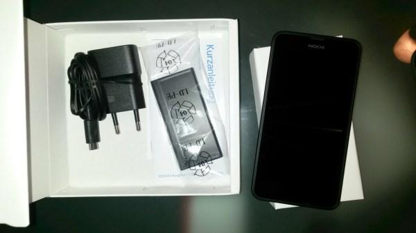 das Lumia 635 ausgepackt