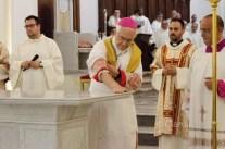 consacrazione-altare-cattedrale-alife-3