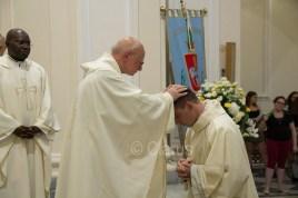 don-Alessandro-Occhibove-ordinazione-sacerdotale5