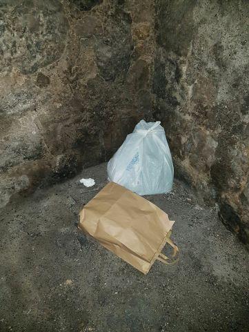 Foto Tommaso Sgueglia Facebook: precedenti episodi di abbandono rifiuti a Caiazzo