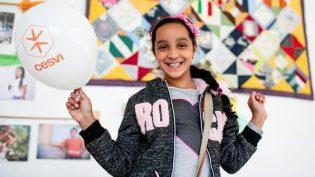 Il sorriso di una bambina in una Casa gestita dal Cesvi
