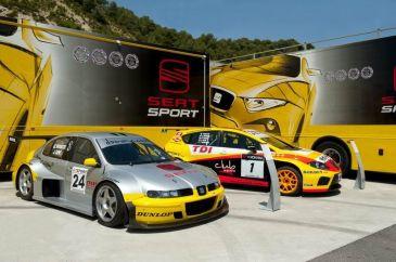 SEAT expondrá en una espectacular carpa un total de 11 vehículos históricos de competición con sus homólogos de serie.