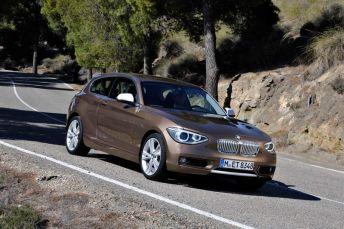La reedición del BMW Serie 1 3 puertas le confiere un intenso carácter deportivo al modelo compacto.