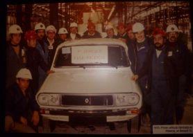 1975 Primer vehículo fabricado en Palencia, un Renault 12.