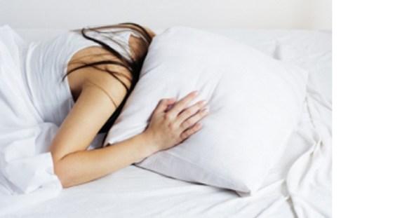 Tulburările de somn o cauză pentru crizele cardiace şi AVC