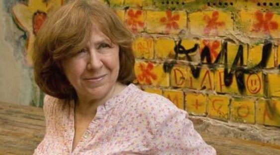 Scriitoarea Svetlana Alexievich din Belarus a primit premiul Nobel pentru literatură pe 2015