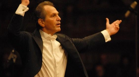 Maestrul dirijor Cristian Mandeal vine la Opera Națională Română Iași