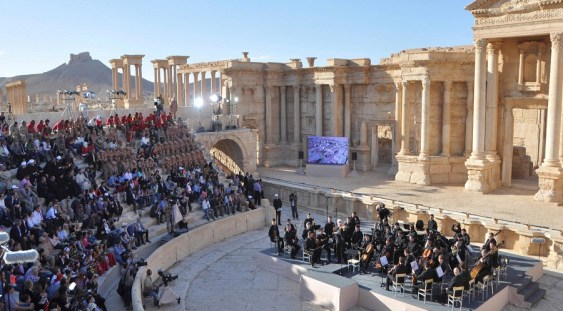 Concert simfonic între ruinele oraşului Palmyra