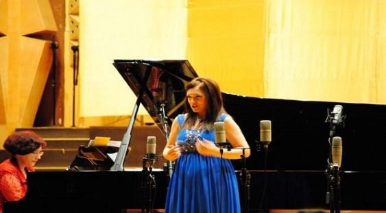 """Soprana Ramona Păun a câştigat locul întâi la concursul de canto """"Opera în Arles"""""""