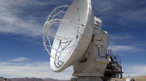 """Un """"semnal puternic"""" trezește din nou interesul pentru căutarea vieții extraterestre"""