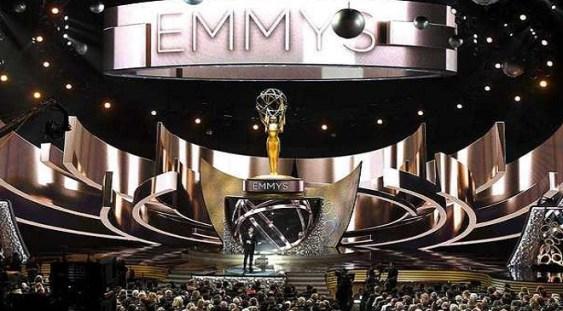 "Premiile Emmy 2016: ""Game of Thrones"" a luat 12 statuete și a intrat în istoria ""Emmy Awards"""