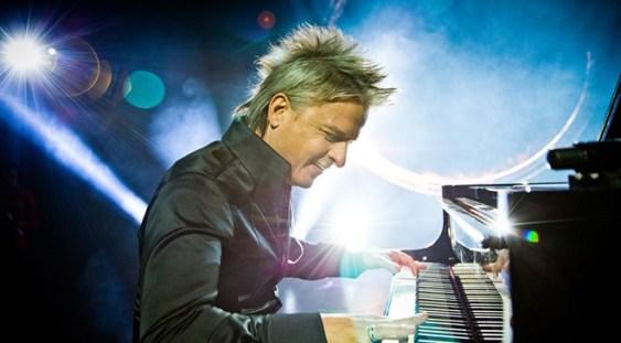 Spectacol-concert al pianistului şi compozitorului HAVASI