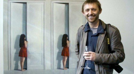 """""""Accident în Piaţa Amzei"""" – lansare de carte & expoziţie Roman Tolici"""