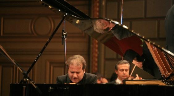 Josu de Solaun concertează la Muzeul 'George Enescu'
