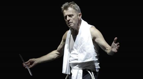 Celebrul dansator şi coregraf Mikhail Baryshnikov participă la Festivalul Internaţional de Teatru de la Sibiu