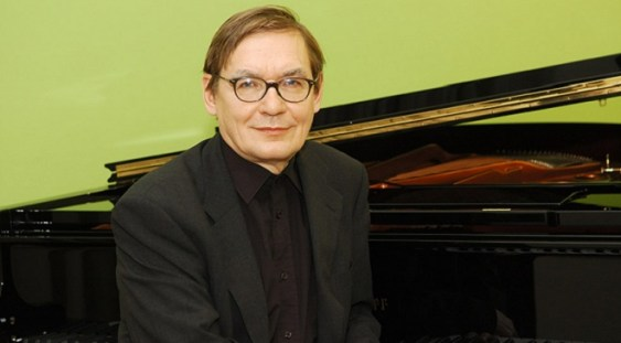 Compozitorul Kalevi Aho va asista la propriul concert, la Sala Radio