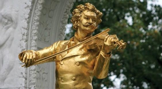 """Timiş: Festivalul """"Art Time"""" aduce Zilele Muzicii Vieneze în parcurile din municipiul reşedinţă"""