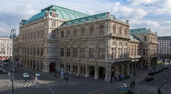 """""""Amurgul zeilor"""" – propunerea on-line a Operei de Stat din Viena"""