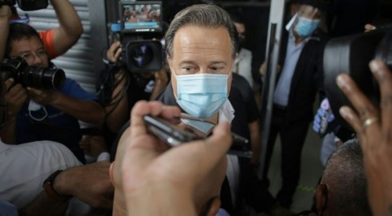 Panama: Foştii preşedinţi Martinellli şi Varela, inculpaţi pentru spălare de bani