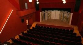 Teatrul Excelsior începe stagiunea, vineri, cu producţii în premieră