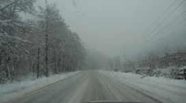 Trafic restricționat pe drumuri din județele Constanța și Tulcea, din cauza viscolului