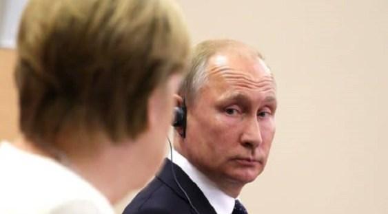 Vladimir Putin: Criza europeană a gazelor poate afecta Rusia, dacă preţurile mari vor alimenta inflaţia