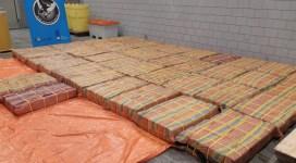 Surse: Jumătate de tonă de cocaină a ajuns într-un depozit de legume și fructe din Ilfov