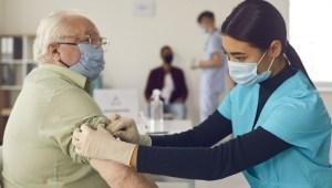 Peste 110.000 de persoane s-au vaccinat anti-Covid în ultima zi