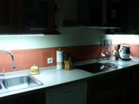 cocina-con-iluminacion-led