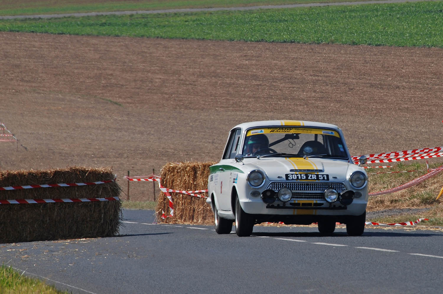 FORD CORTINA LOTUS MKI  Classic Racing Annonces