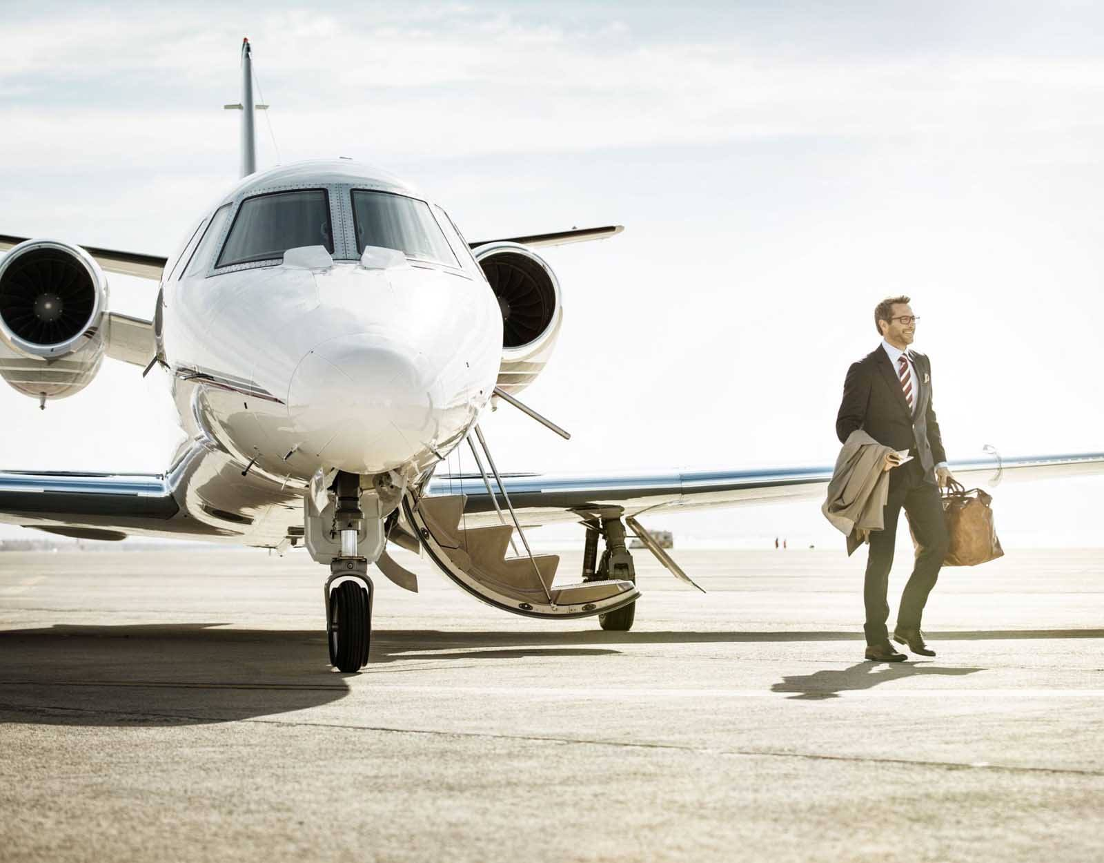 Aircraft Services  FBO Service with Classic Air Aviation
