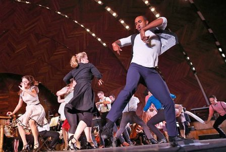 Joe Aaron Reid (as Paul, right) drew gasps for his powerhouse dancing. (Michael Dwyer photo)