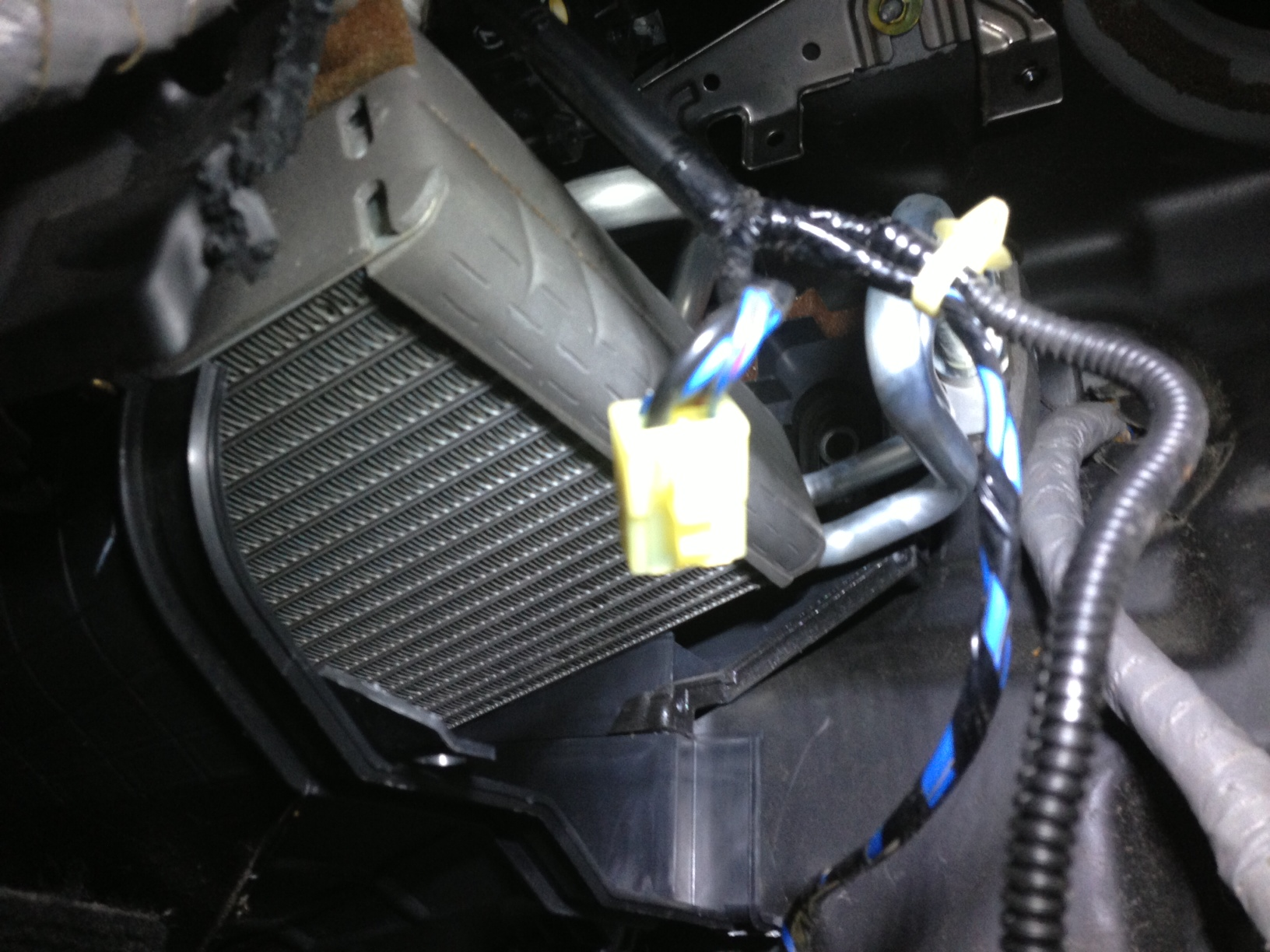 2002 Honda Crv Evaporator Expansion Valve Installation Classic Subaru Coil Wiring Diagram The And Come Out Together Cannot Be Serviced Without Removing