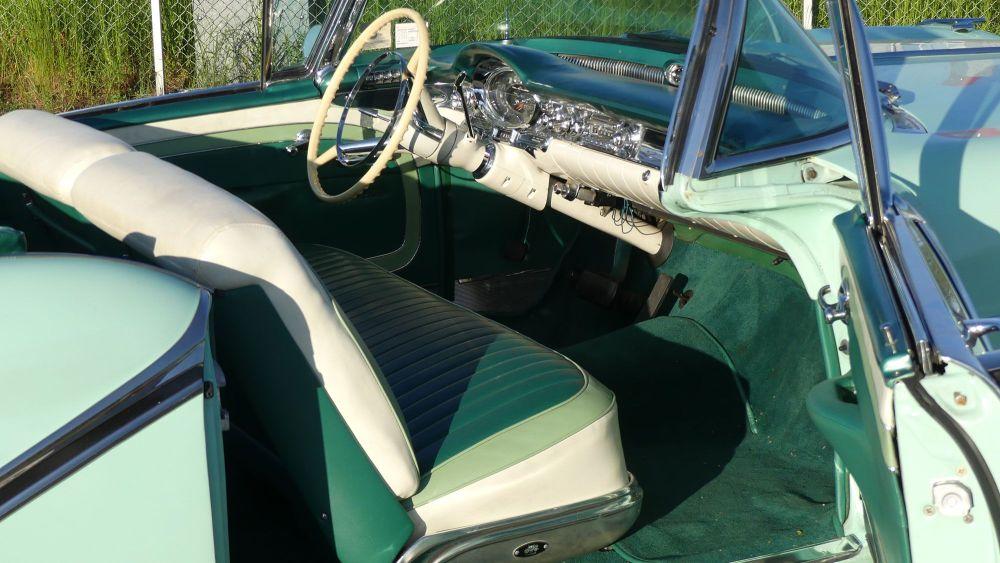 Oldsmobile Starfire 1957 98 Convertible (16)
